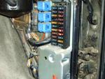 Réhausser le boitier préchauffage et fusibles sur Y60