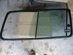 Changement des chassis de vitres arriére