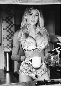 6d62bcaaf0407173256a59481384c0c0--sexy-coffee-coffee-coffee.jpg.618644551aaf65953957ef1922e3ca1e.jpg