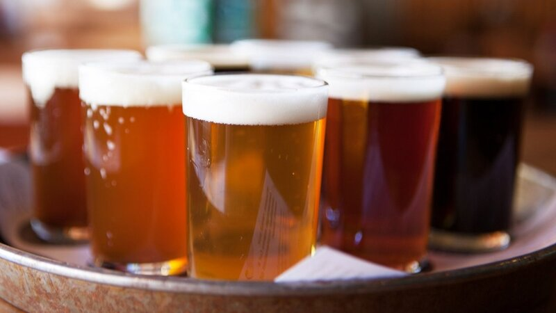 beer-tray-GettyImages-495339539.thumb.jpg.a8f922948c049e7c8eb22bd10e608a0a.jpg